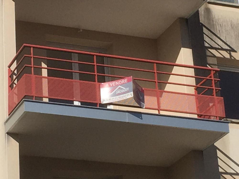 Vente Appartement APPARTEMENT RÉCENT T2 Bis  à Lons le saunier