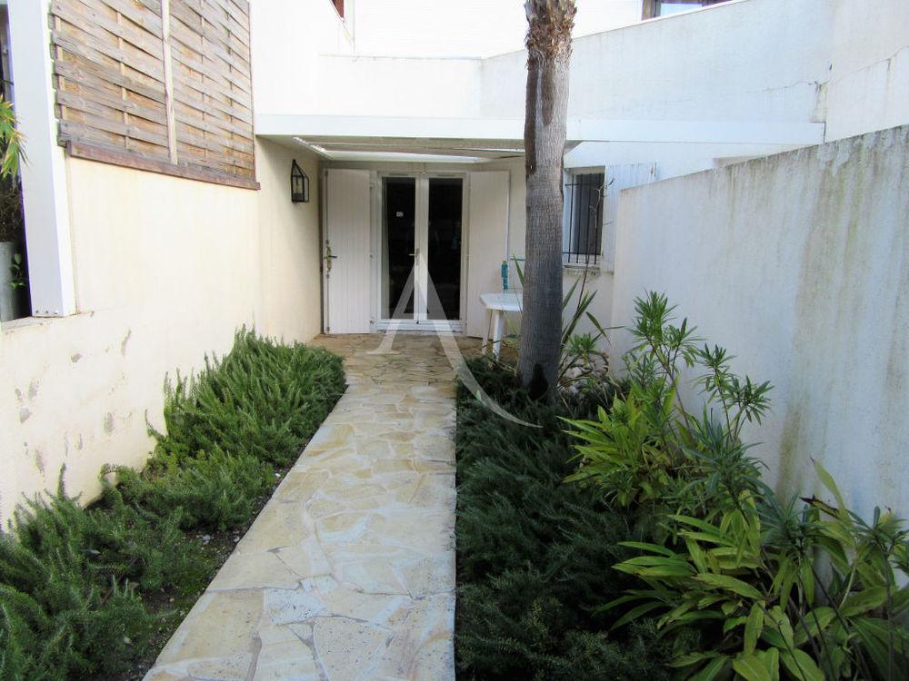 Vente Appartement Cagnes Sur Mer, studio entièrement rénové de 22 m2 en rez-de-jardin avec un stationnement  à Cagnes sur mer