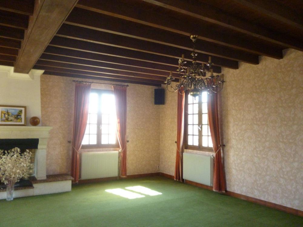Location Appartement Appartement Aiguillon 4 pièce(s) 200 m2  à Aiguillon