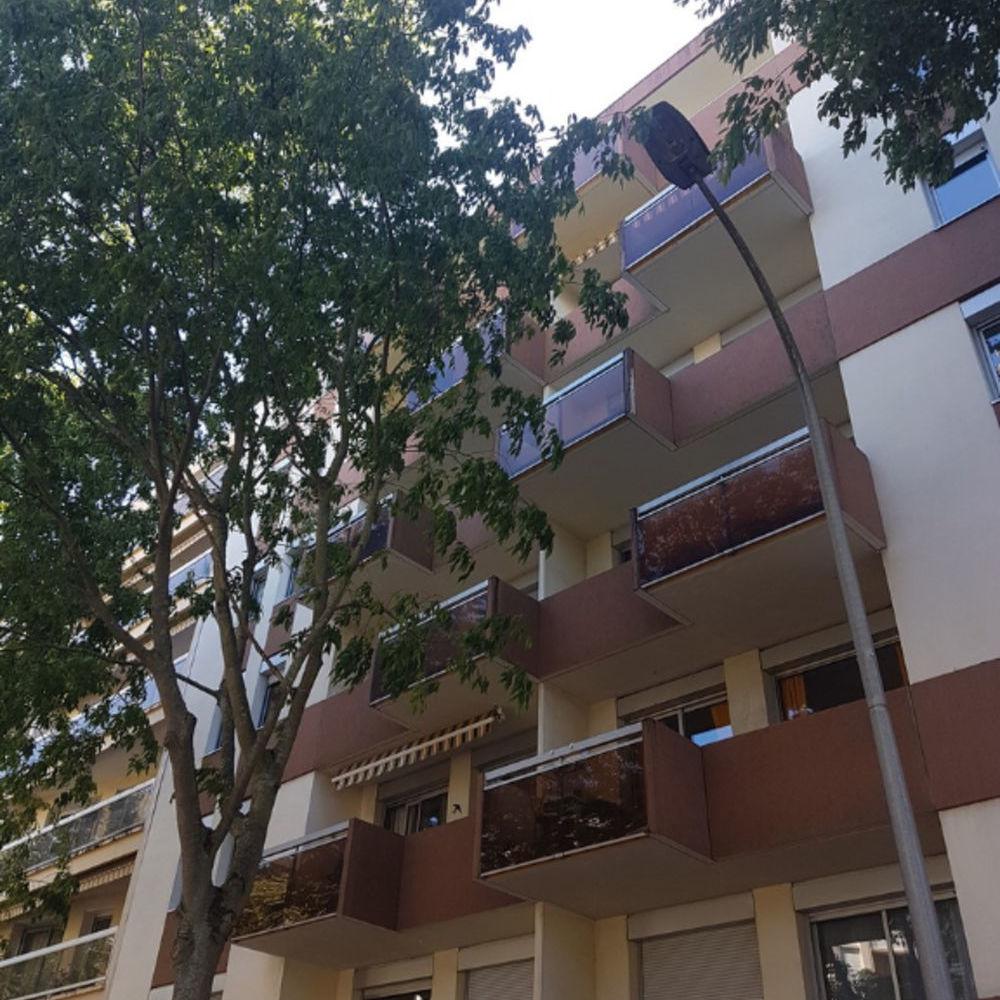 Location Appartement A louer appartement  F1 30 m2  à Vichy