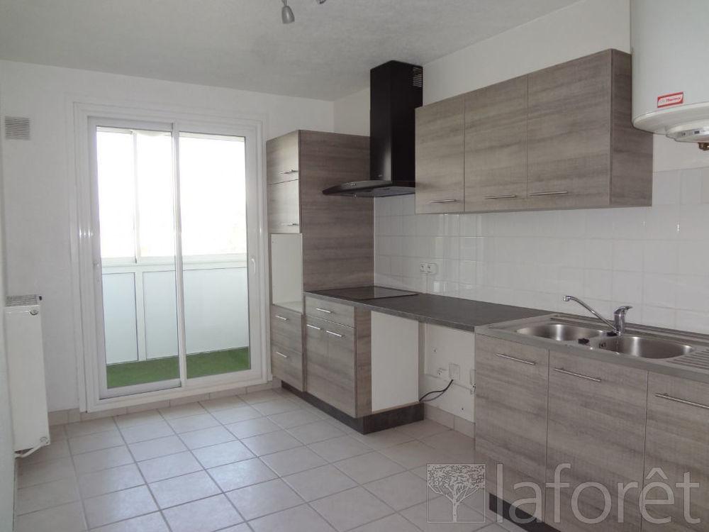 Vente Appartement Appartement Montluel 3 pièce(s) 65.85 m2  à Montluel