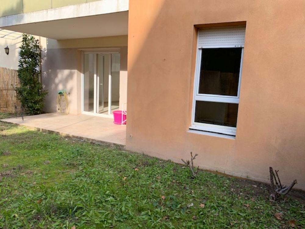 Vente Appartement Appartement rez de chaussé avec jardin  à Arles
