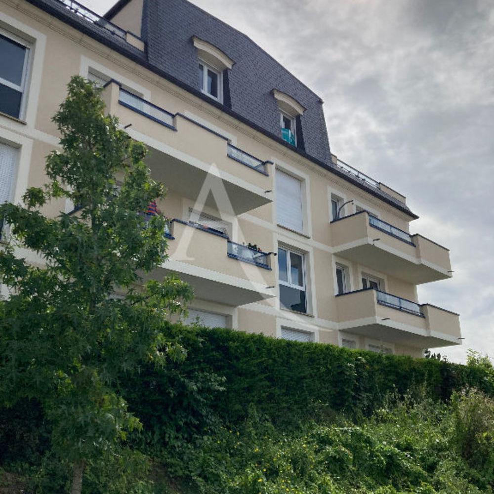 Location Appartement Appartement NOISY LE GRAND STUDIO  à Noisy le grand