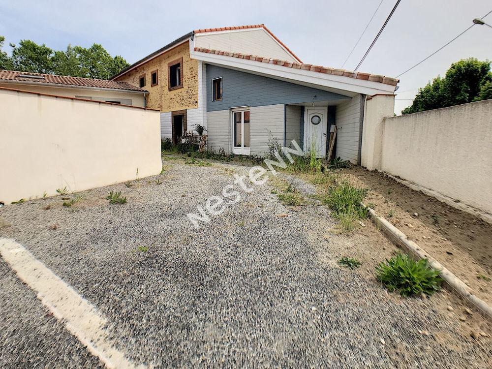 Vente Maison Maison Cazères avec garage  à Cazeres