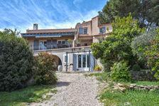 Maison 6 pièces 192 m² Salon de Provence avec piscine et 2 appartements 625000 Salon-de-Provence (13300)