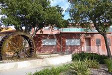 SOLLIES-PONT : Local d'activité libre de 148.12 m² + cave 236250
