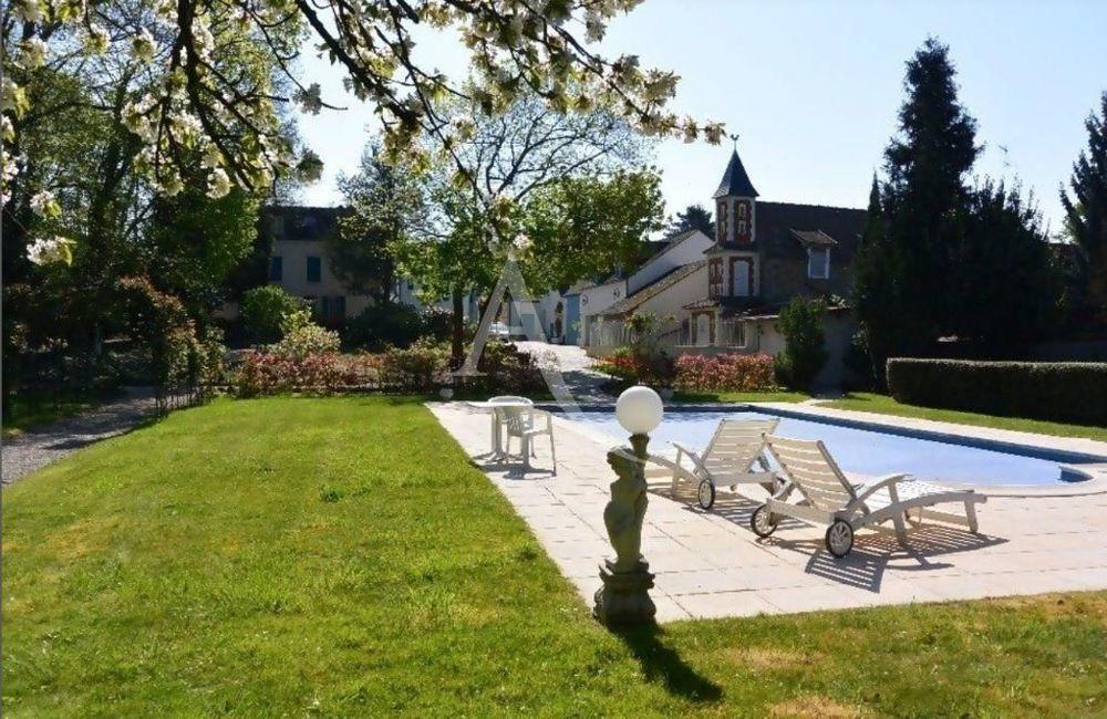 Vente Villa manoir avec parc paysager  à Saulx les chartreux