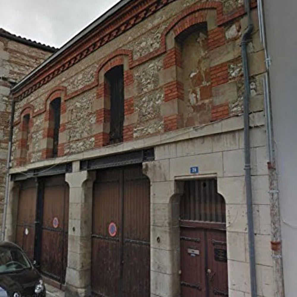 Vente Immeuble Immeuble avec grand garage double à aménager  à Agen
