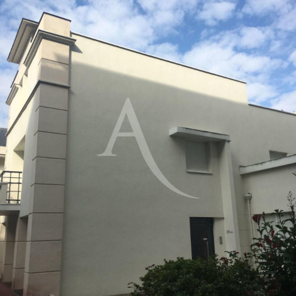 Location Appartement REIMS - Mairie  à Reims