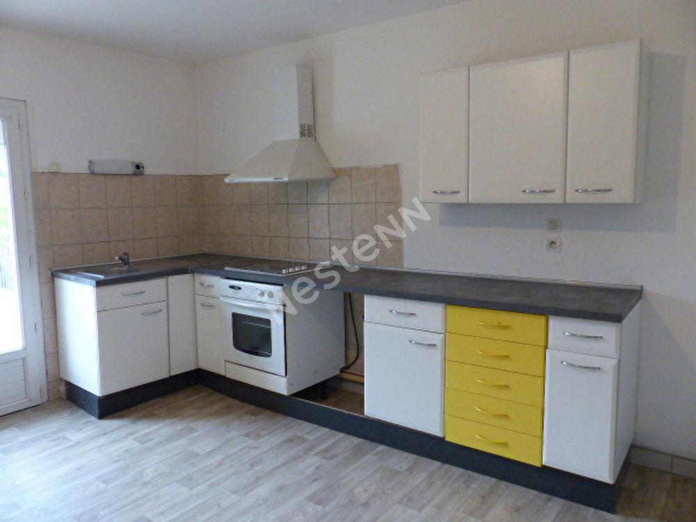 Location Appartement Appartement F3, 89 m², Bening lès St-Avold  à Bening les saint avold