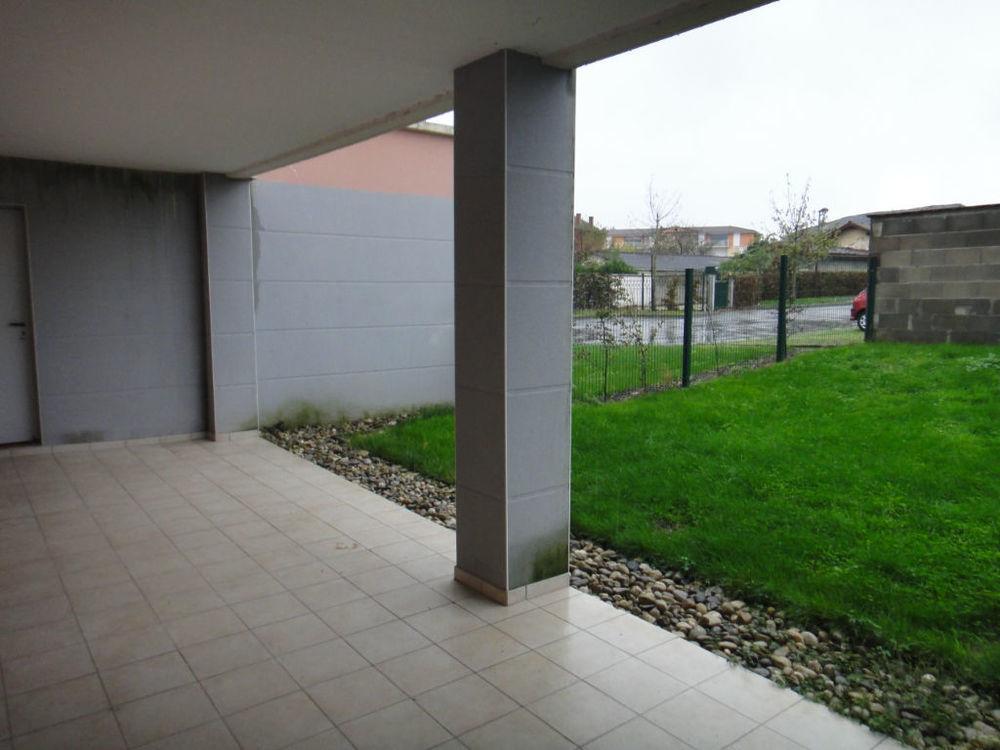 Location Appartement Loue Attignat T3  terrasse, jardin et garage  à Attignat