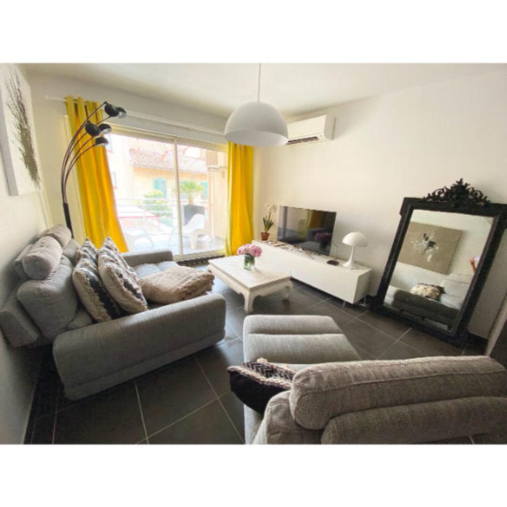 Vente Appartement Perpignan 4 pièce(s) 84 m² +  Terrasse + emplacement Parking  à Perpignan