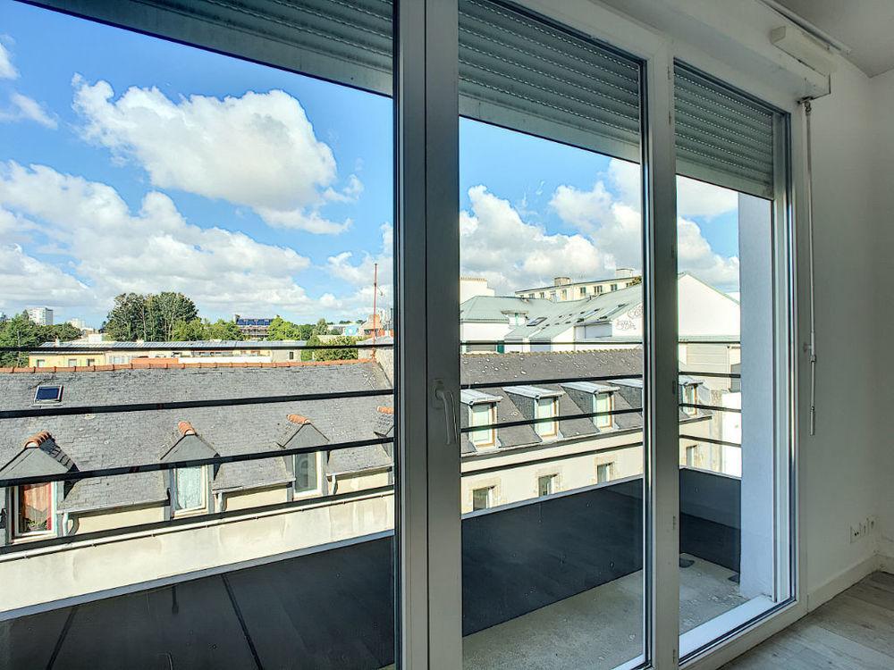 Vente Appartement BREST DUPLEX DERNIER ETAGE 2 BALCONS  à Brest
