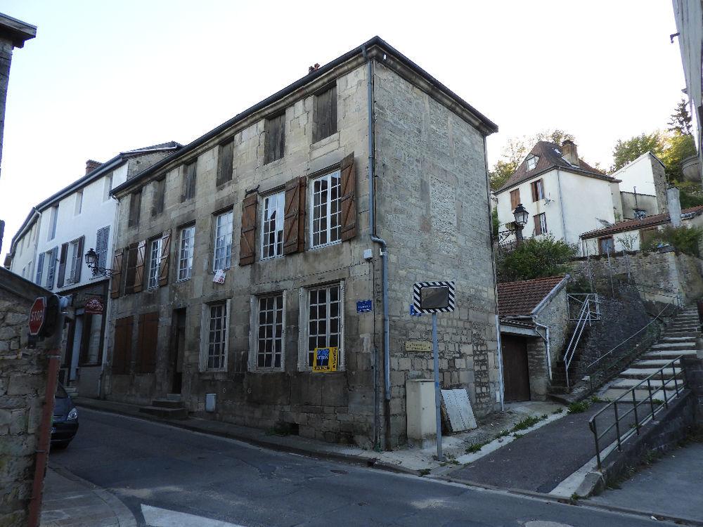 Vente Maison Belle maison de centre ville à rénover avec cour et jardin  à Joinville