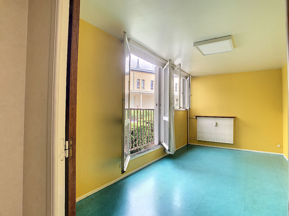 Vente Appartement Appartement Chalons En Champagne 4 pièce(s) 65.44 m2  à Chalons en champagne
