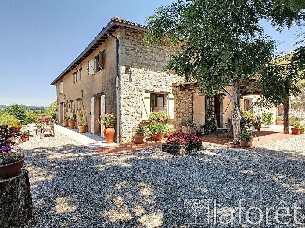 Vente Maison Maison en pierres à Castelnau de Montmiral Castelnau de montmiral