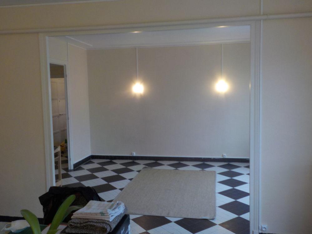 Vente Appartement Appartement  4 pièce(s) 105 m2 proche mairie Vichy