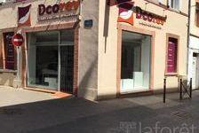 Local commercial - Muret - 70 m² 740