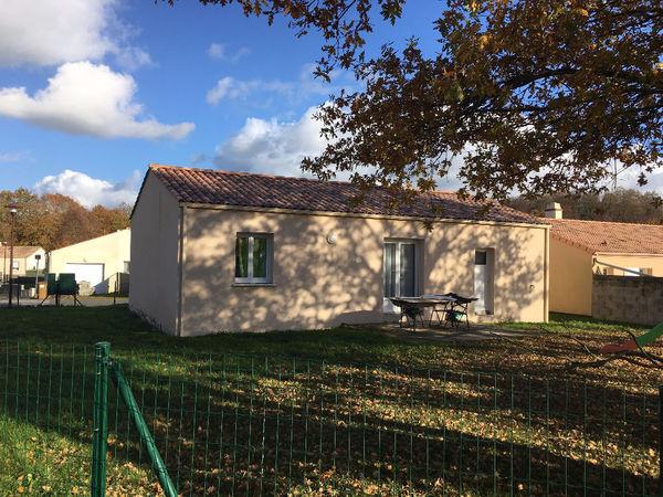 vente Maison - 3 pièce(s) - 56 m² Beaulieu-sous-la-Roche (85190)