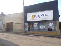 Local commercial Evreux 285 m2 Local commercial d'une... 1400