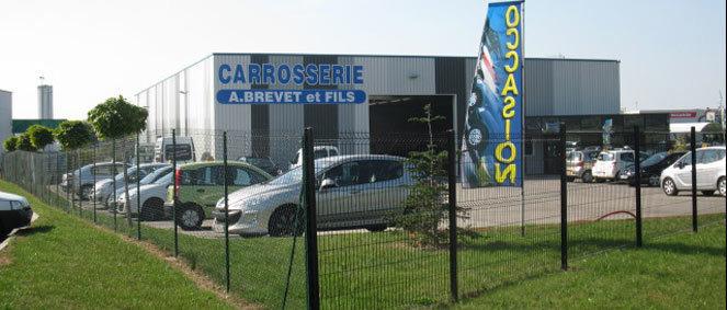 Garage Brevet, concessionnaire 01