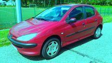 Peugeot 206 2.0 HDi 90cv XT 5 cv - 152 000 km - 09/ 2002 2800 69200 Vénissieux