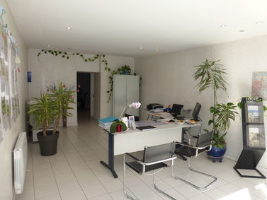 AGENCE DE LA VALLEE, agence immobilière 02