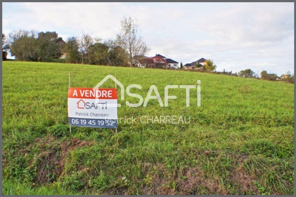 Vente Terrain Terrain constructible - 1370 m²  - avec CU  à Saint-pantaleon-de-larche