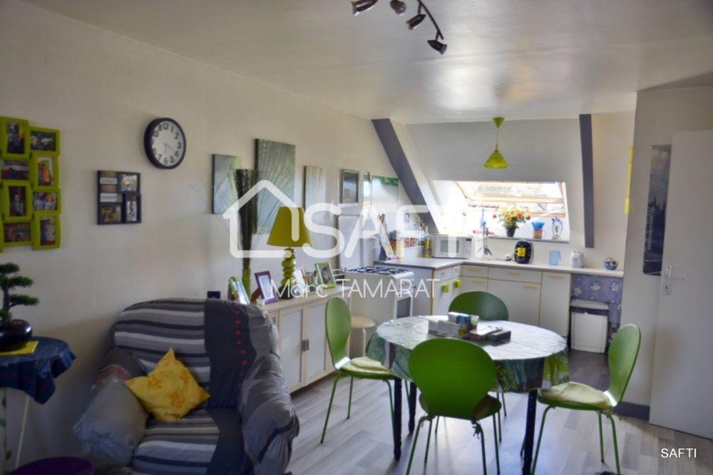 Vente Maison Trois appartements, locataires en place)  à Scaër