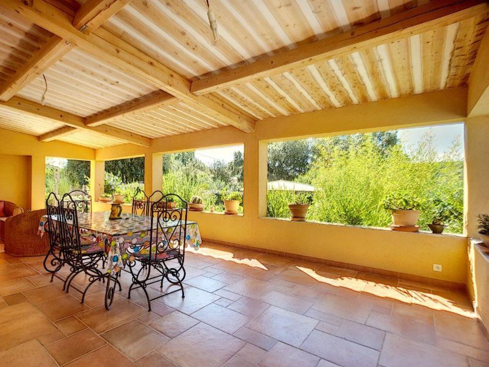 Vente Maison Villa 210 m2 avec 4 chambres - terrain 3967 m2 clos  à Les arcs