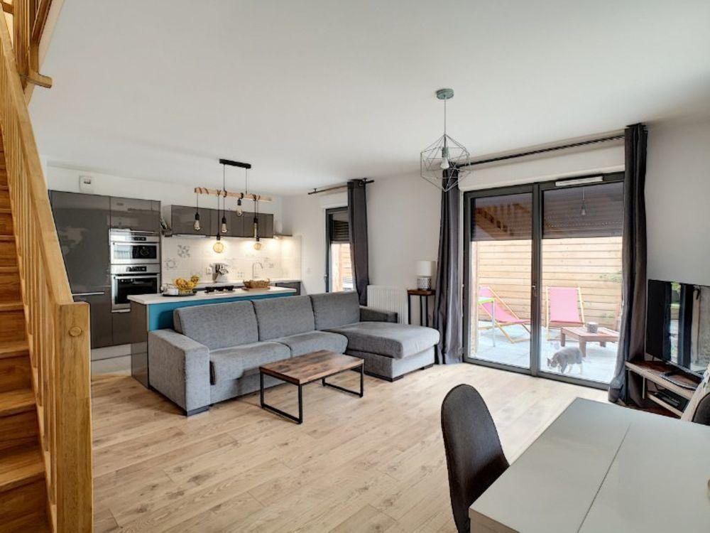 Vente Appartement Appartement duplex 77 m²  à Bordeaux