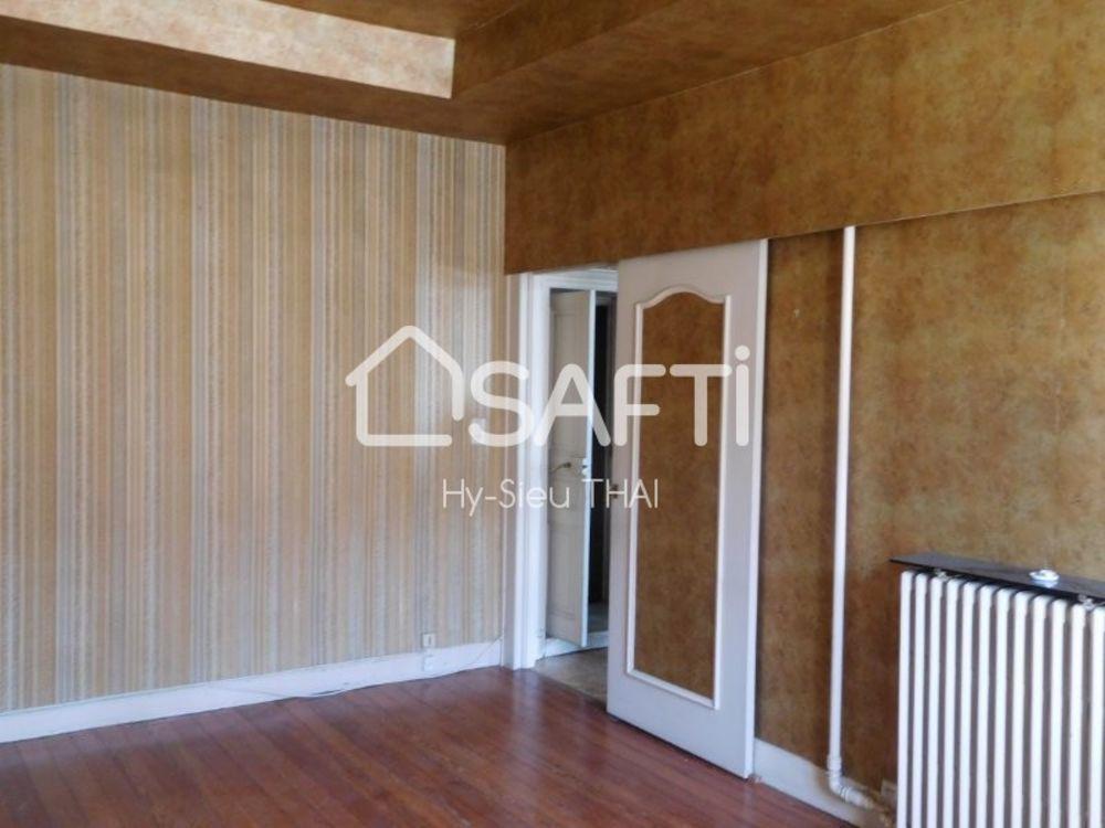Vente Appartement Appartement Duplex 7 pièces, 4 chambres, avec Véranda / Terrasse, Spécial Investisseur locatif,  à Oyonnax