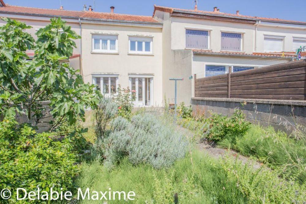 Vente Maison Mancelle rive droite avec un double garage  à Le mans