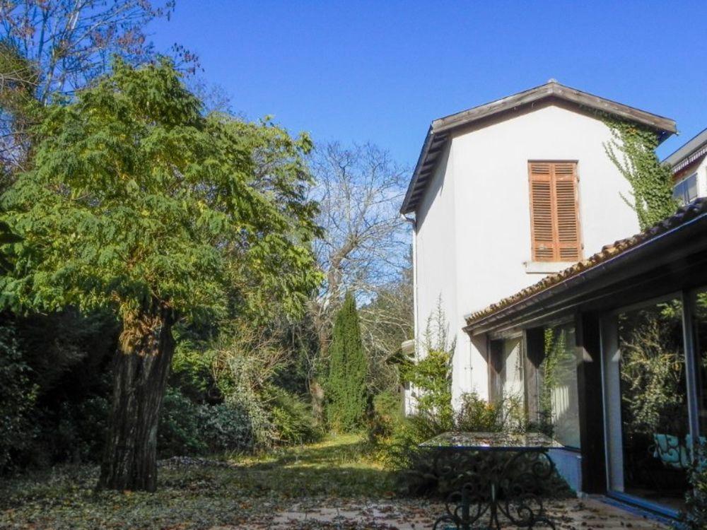 Vente Maison Maison familiale 225m² - Bordeaux Caudéran  à Bordeaux