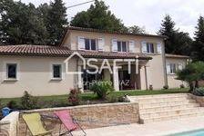 Maison contemporaine ,avec piscine ,très bel environnement proche commerce 248000 Aubin (12110)