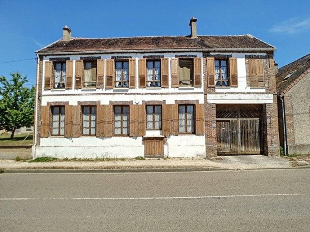Vente Maison Charmante maison ancienne sans vis à vis!! Sens
