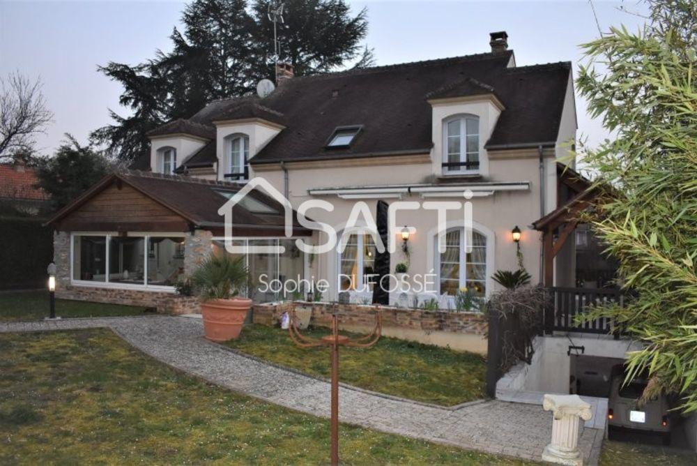Vente Maison MAGNIFIQUE VILLA DE 238 M² ELEVEE SUR SOUS-SOL TOTAL, LE TOUT SUR UN TERRAIN DE 1 055 M²  à Boissise-la-bertrand
