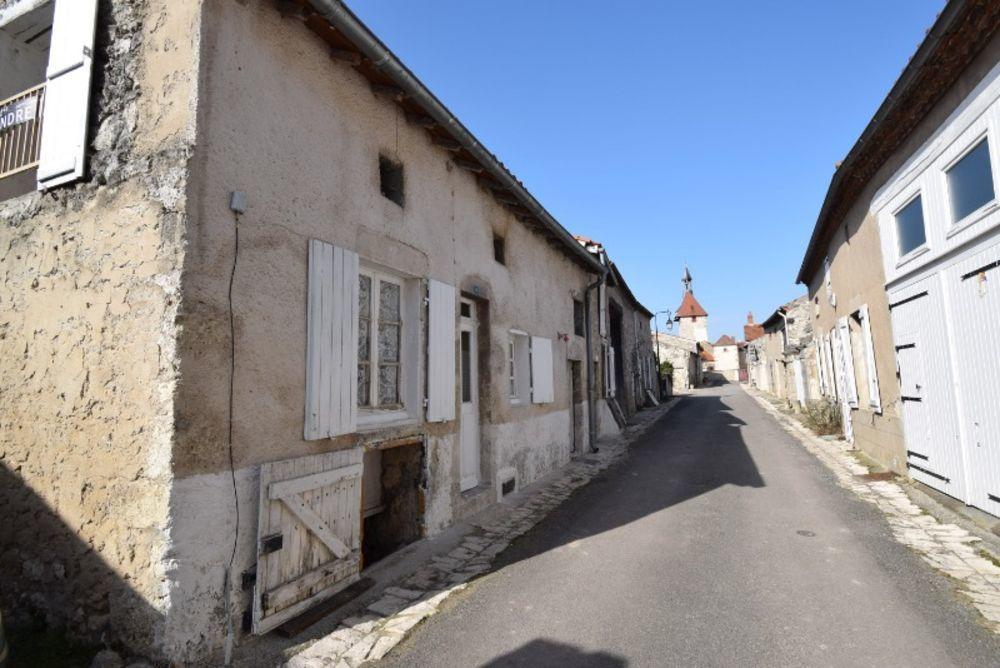 Vente Maison Maisons dans plus beau village de France  à Charroux