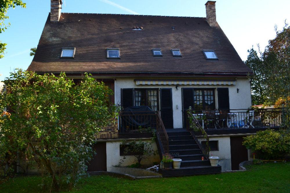 Vente Maison Quartier Les buttes Maison + terrain constructible  à Creteil