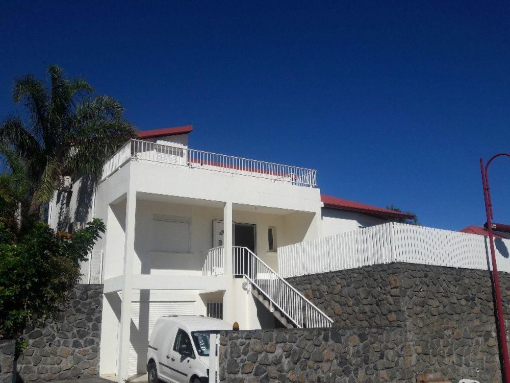 Maison - 5 pièce(s) - 130 m² 418000 La Possession (97419)