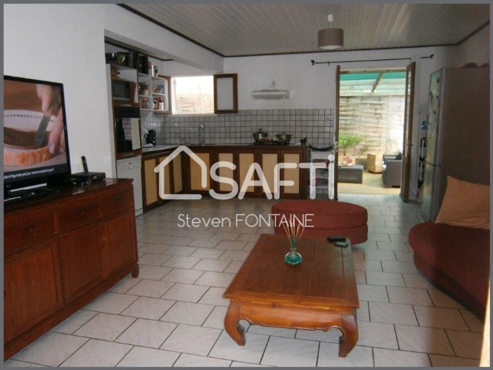 Maison - 4 pièce(s) - 100 m² 170000 Le Tampon (97430)