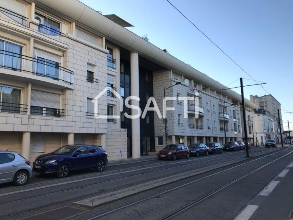 Vente Appartement Nantes centre T1 BIS + Place de parking en sous-sol  à Nantes