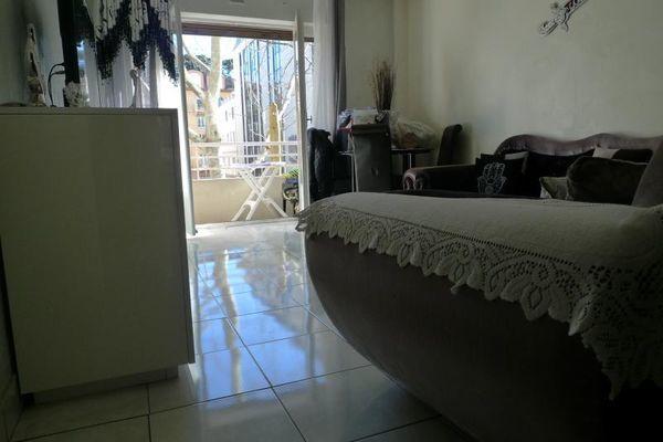 Vente Appartement à SAISIR! CENTRE CANNES - T3 Traversant -IDÉAL PROFESSION  libérale  où location saisonnière  à Cannes