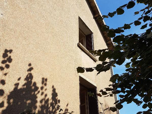 Vente Maison Belle maison à rénover 4ch bureau atelier garage  à Chauvigny
