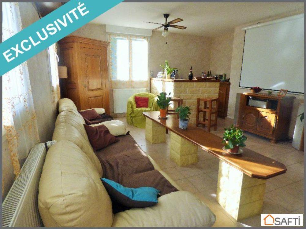 Vente Maison Maison de 225 m² avec piscine intérieure  à La sauniere