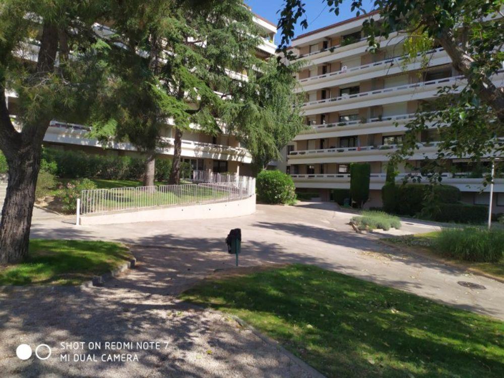 Vente Appartement La Valentine appartement de 3 pièces de 71 M2  avec cave et places de parking Marseille 11