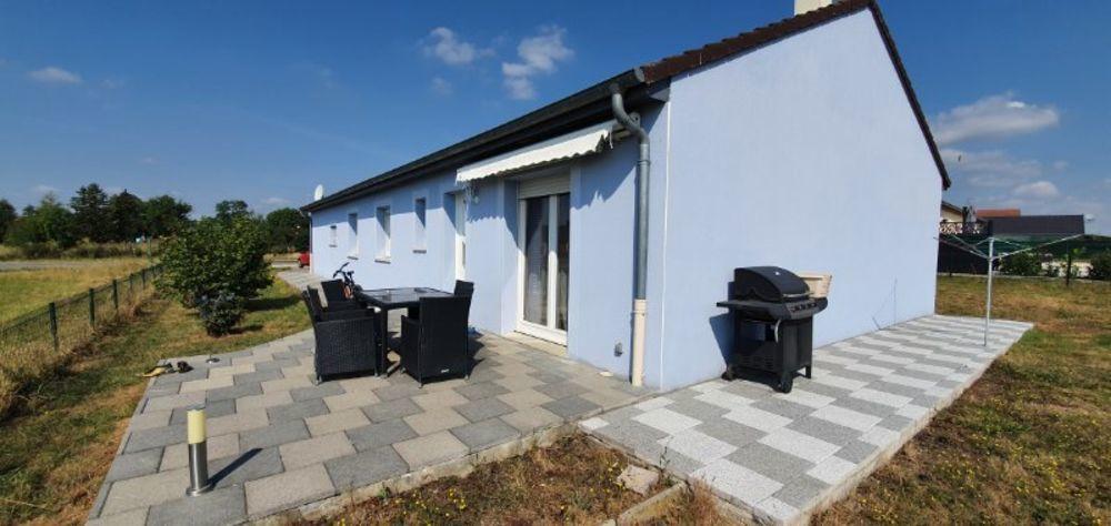 Vente Maison Maison plain pied 5 pièces 103 m²  à Morgemoulin