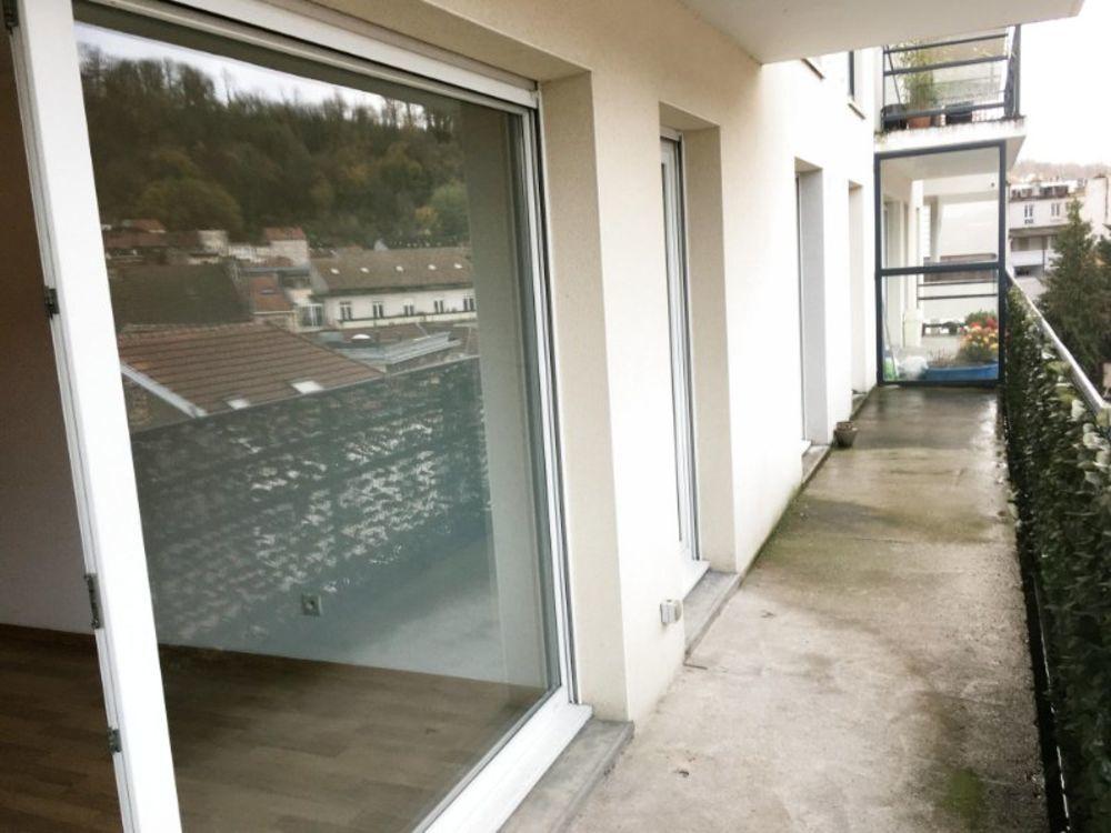 Vente Appartement Appartement 66m2 très lumineux, sans vis à vis, vue sur le parc des Recollets & grand balcon  à Longwy