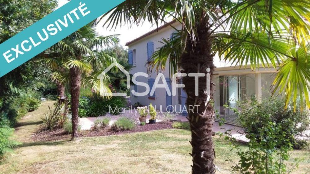 Vente Maison Villa 5 chambres  à Sainte-foy