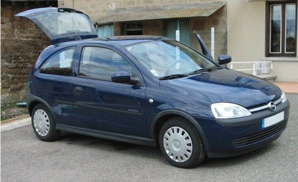 Corsa 1.2 16V 75CV CONFORT EASY 3P 2001 occasion 22100 Dinan